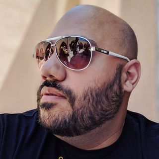 Andru Edwards Profile Image