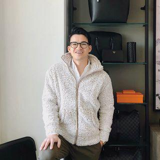 Francois - NYC Lifestylist Profile Image